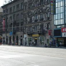 Arzenál Üzletház (Forrás: hampage.hu)