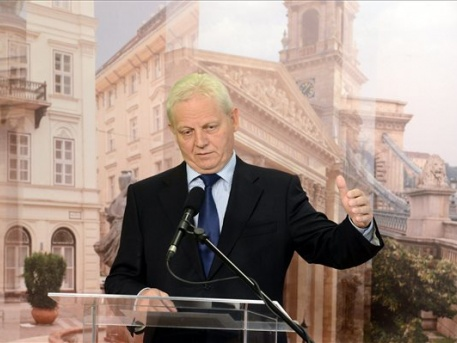 http://onkormanyzati.tv/fovarossajto
