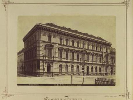 A Fischer ház, Lövölde tér 7.