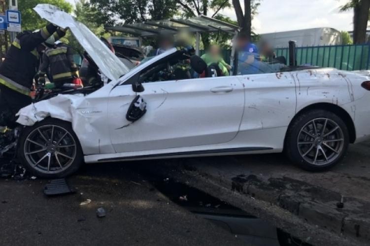 A májusi Dózsa György úti balesetet okozó autó (forrás: police.hu)